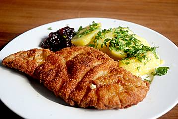 schlemmerfleischerei original wiener schnitzel. Black Bedroom Furniture Sets. Home Design Ideas